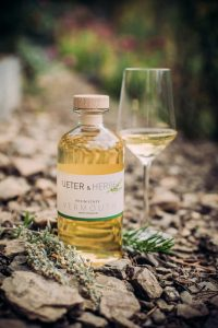 Vermouth by Ueter and Herbs